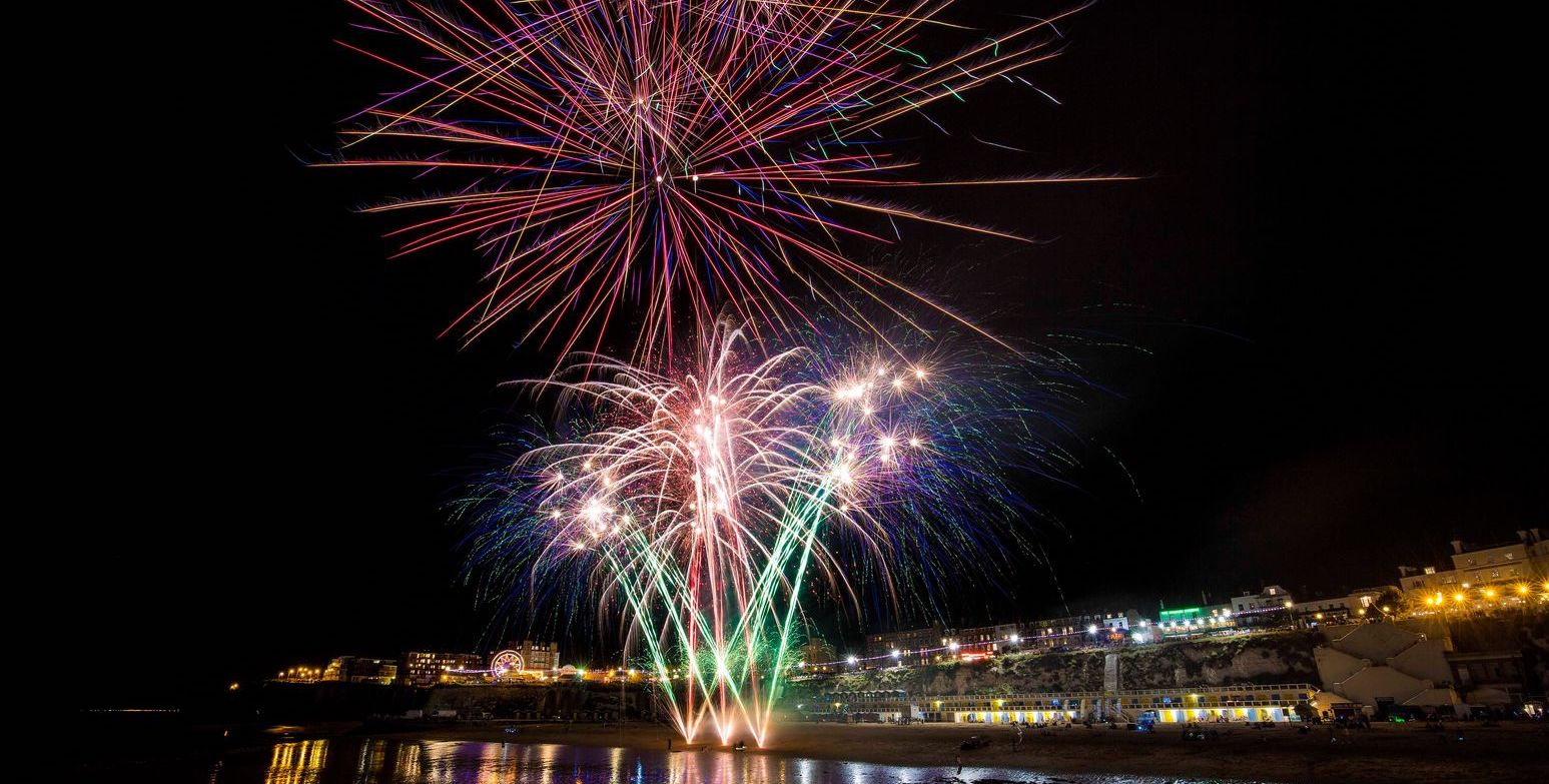 Viking Bay Fireworks x2