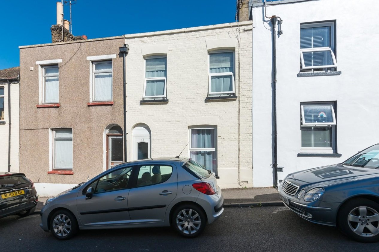Properties Sold Subject To Contract in Alexandra Road