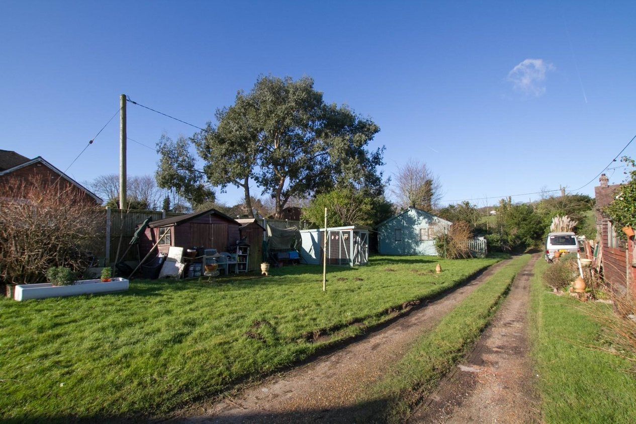 Properties Sold Subject To Contract in Alkham Valley Road