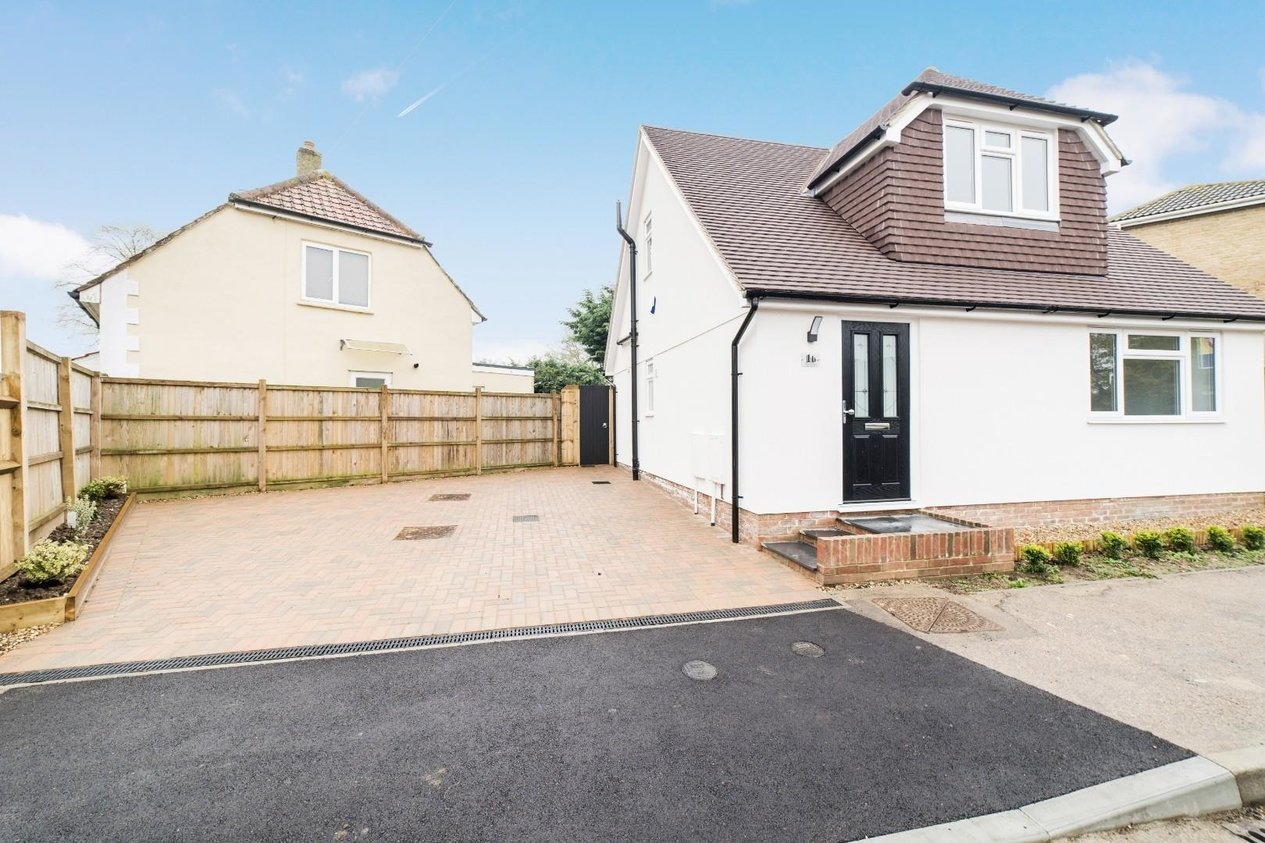 Properties Let Agreed in Avon Close