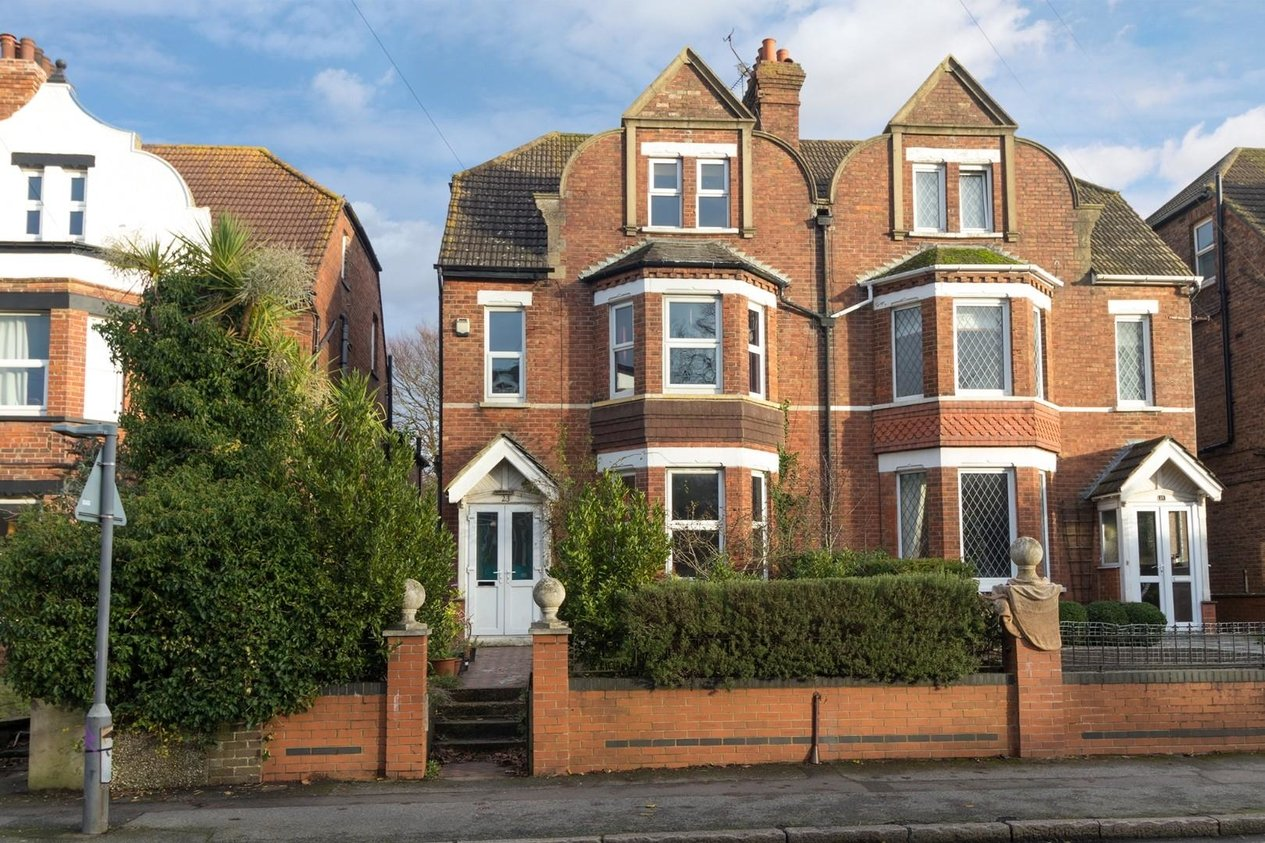 Properties Sold Subject To Contract in Beachborough Road