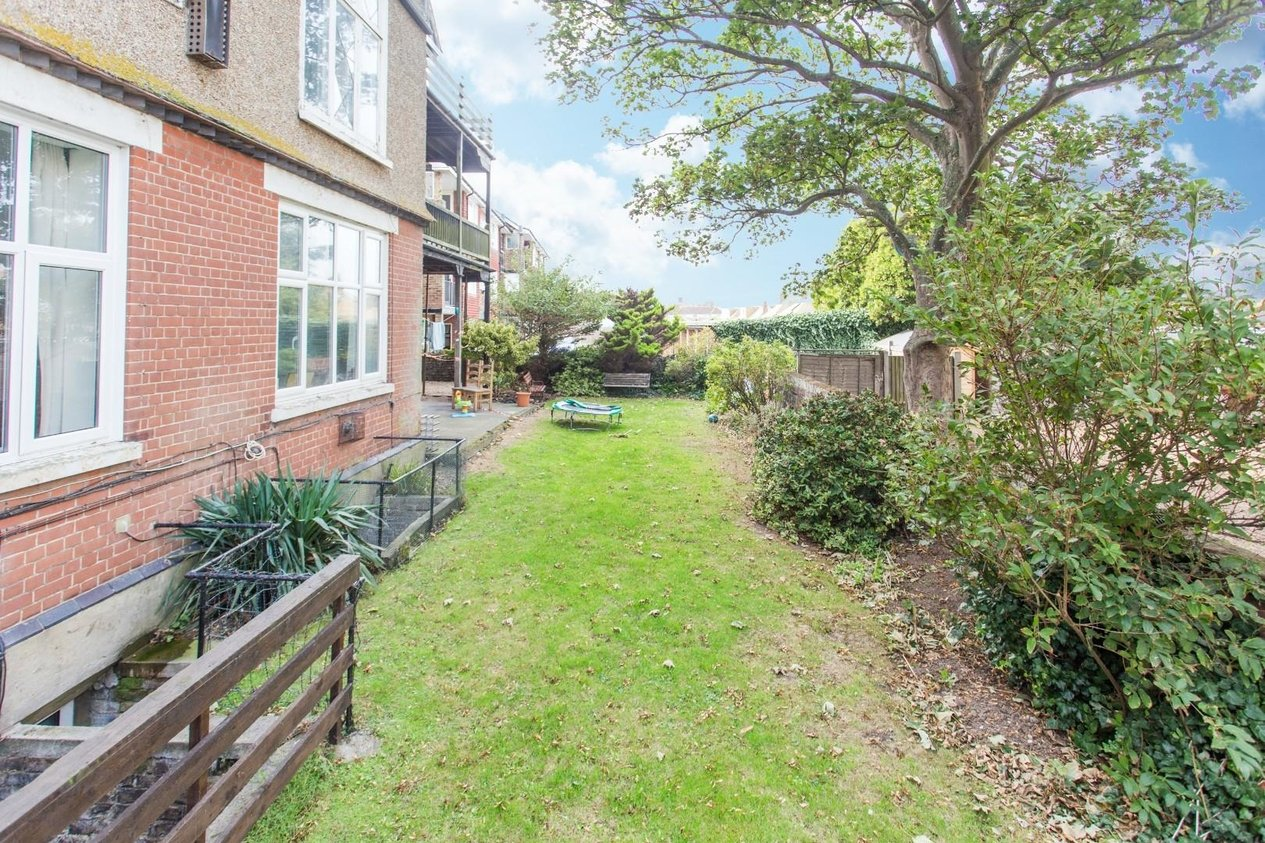 Properties Sold Subject To Contract in Beresford Gardens
