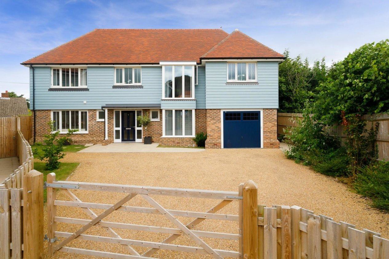 Properties For Sale in Berkeley Close Dunkirk