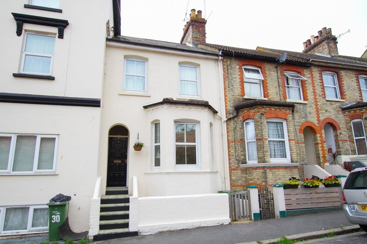 Properties Sold Subject To Contract in Bradstone Road
