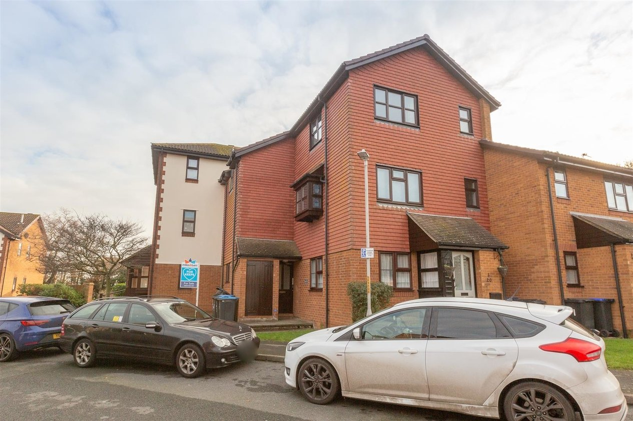 Properties Sold Subject To Contract in Brandon Way