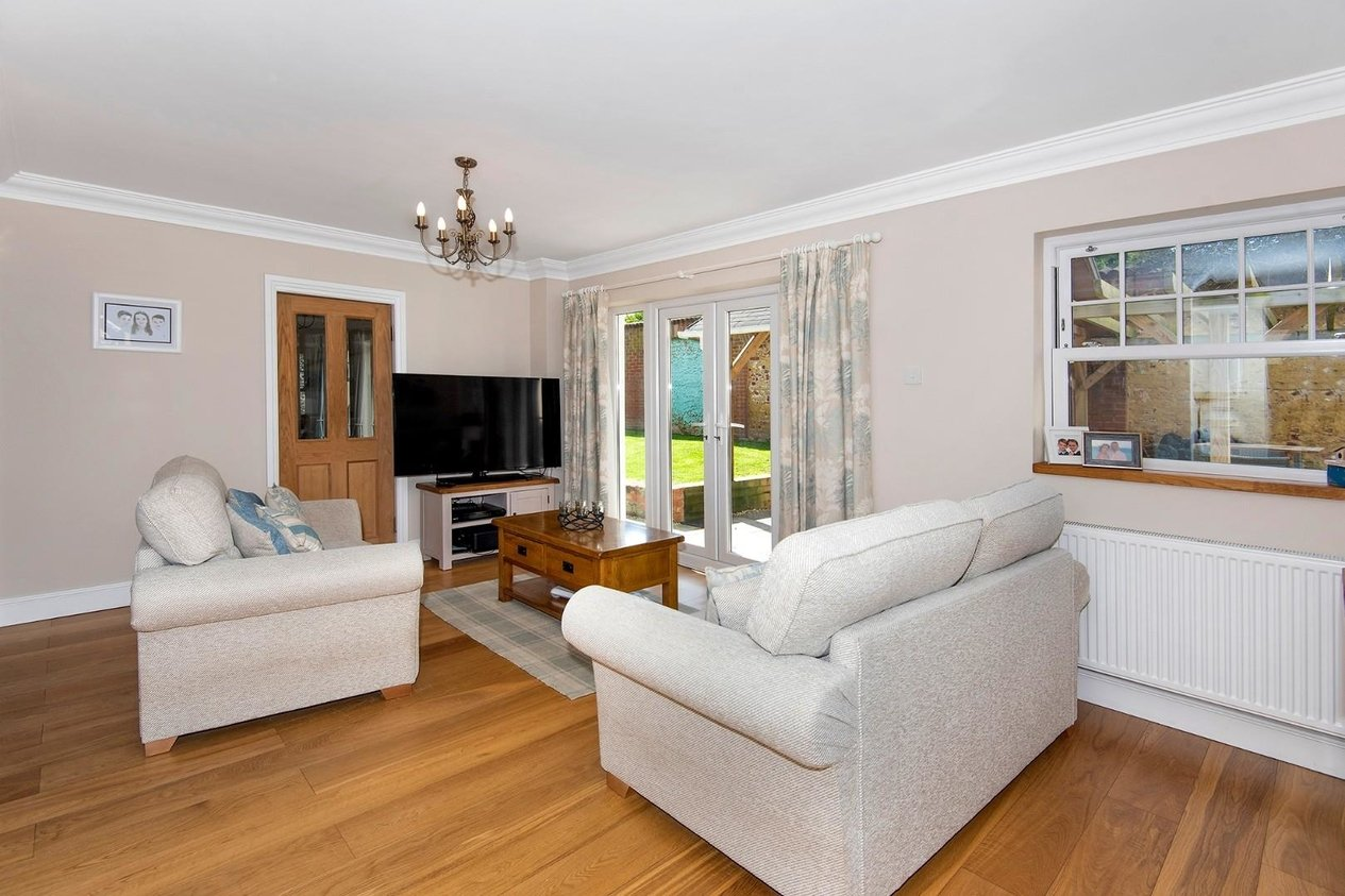 Properties For Sale in Bromstone Road