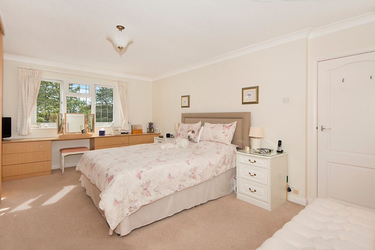 Properties For Sale in Callis Court Road