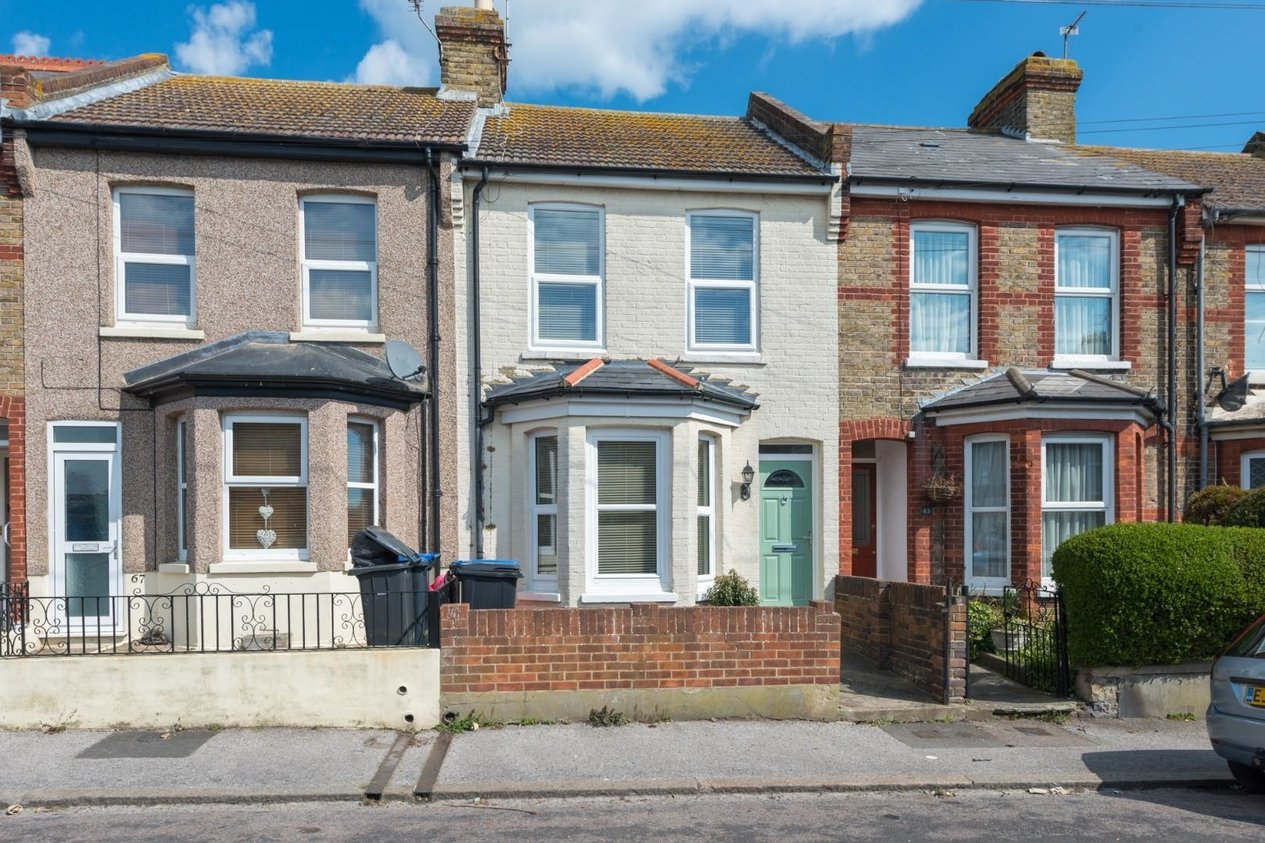Properties Sold Subject To Contract in Cecilia Road