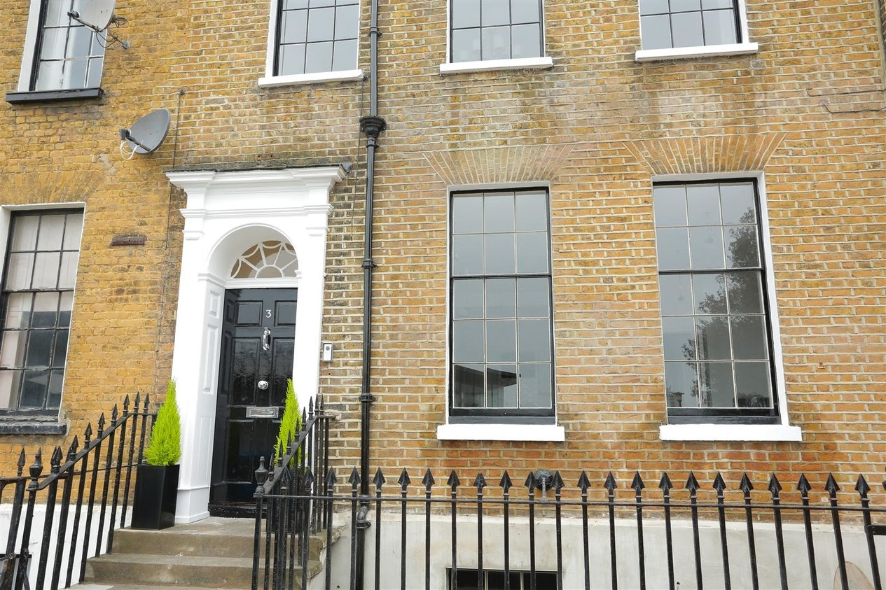 Properties Sold Subject To Contract in Chatham Place