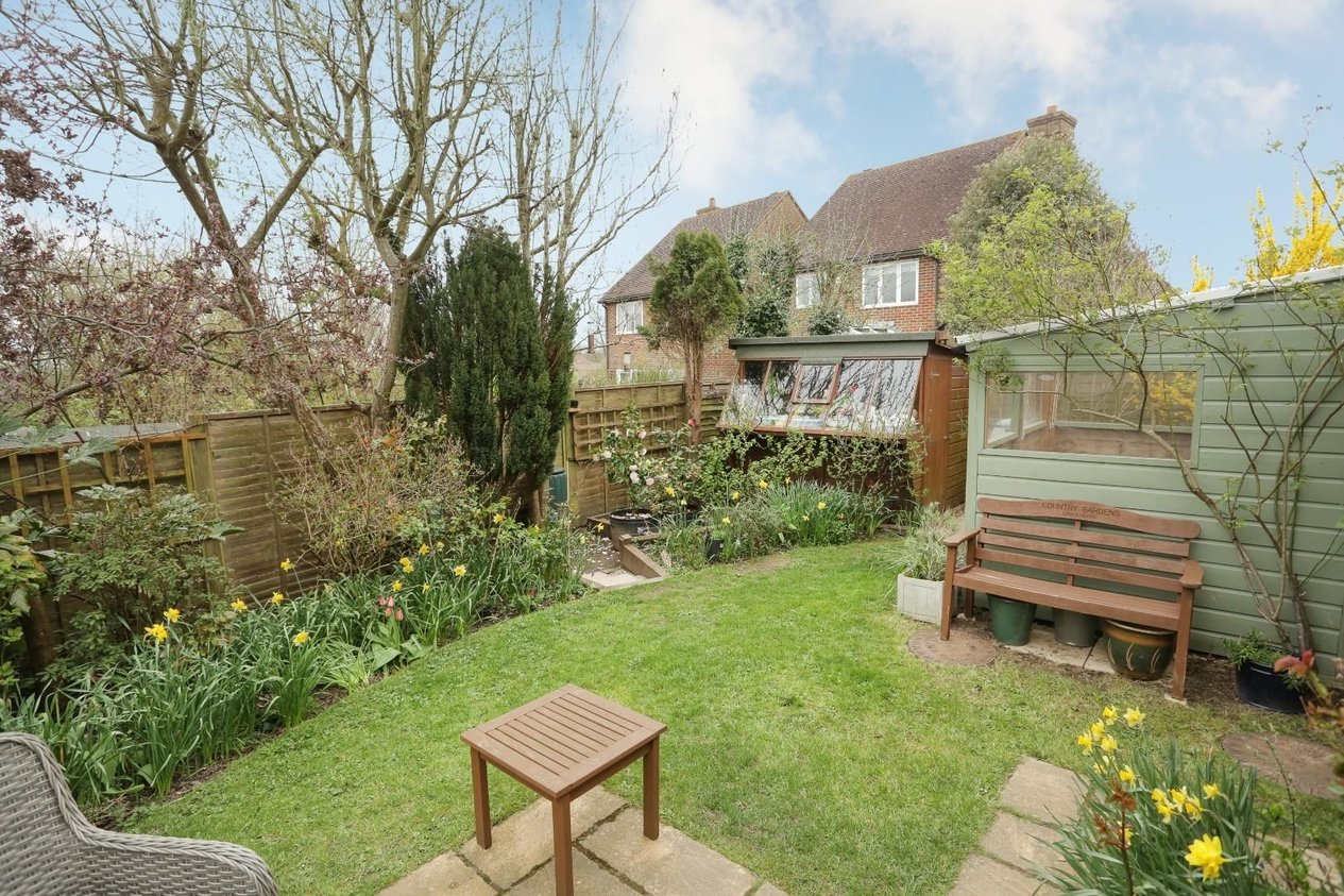 Properties For Sale in Cherry Orchard Old Wives Lees