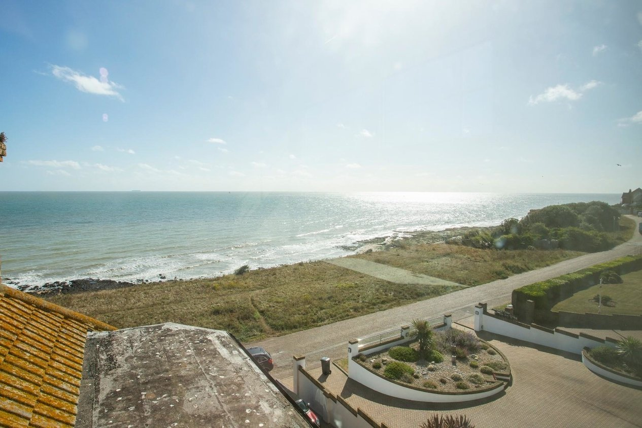 Properties For Sale in Cliff Promenade