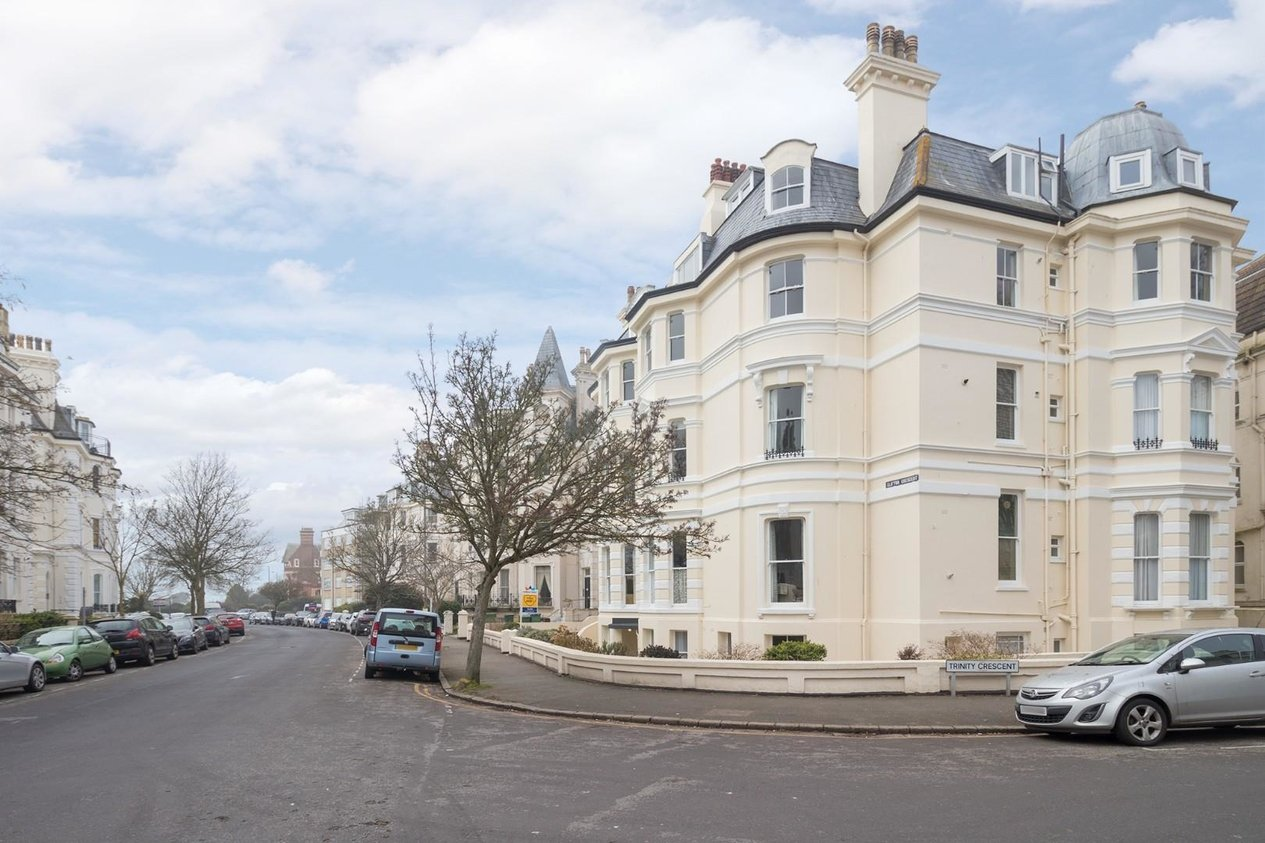 Properties Sold Subject To Contract in Clifton Crescent