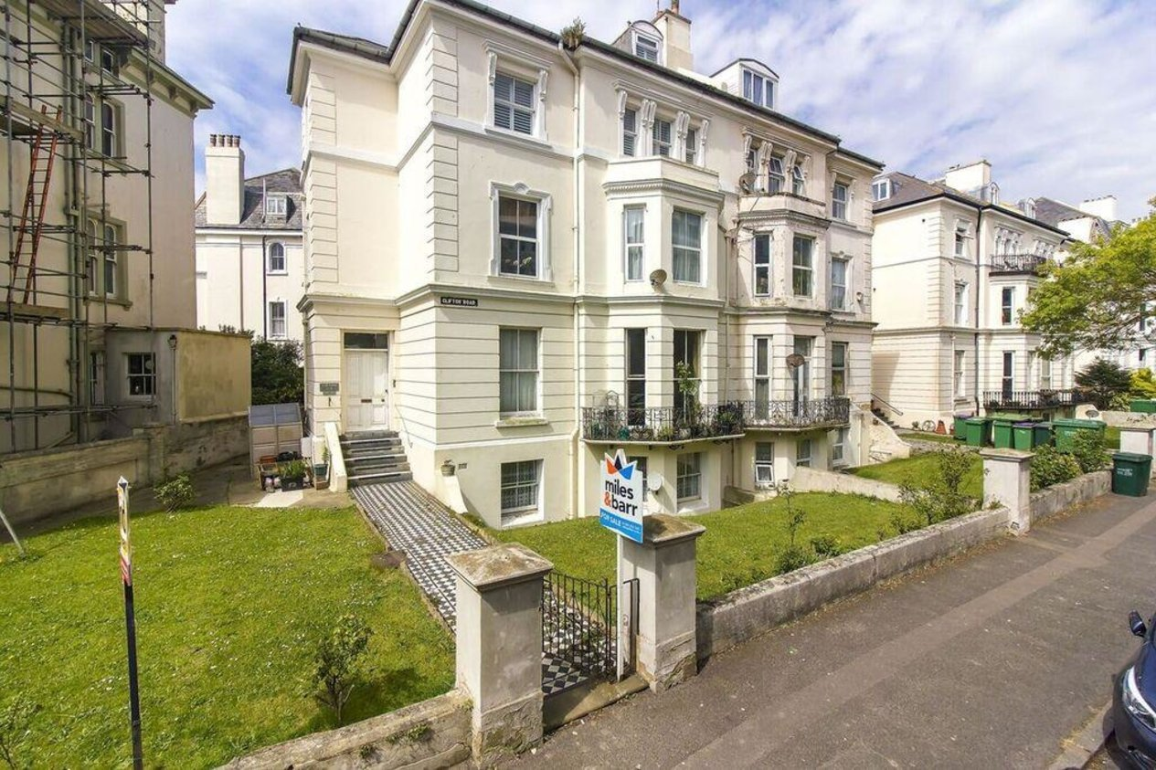 Properties For Sale in Clifton Road