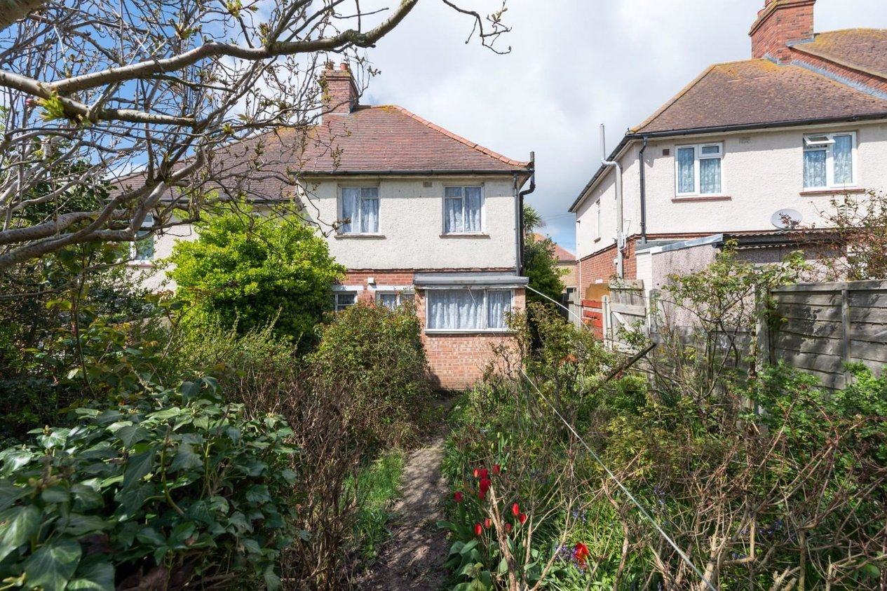 Properties Sold Subject To Contract in Coleman Crescent