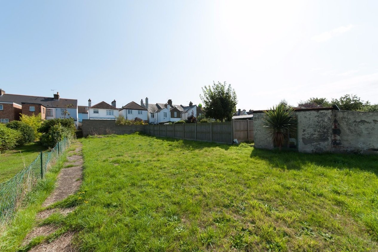 Properties For Sale in College Road