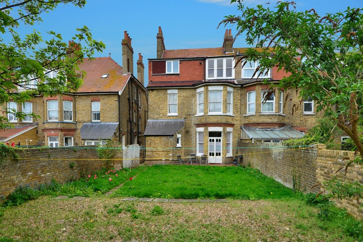 Properties For Sale in Cornwall Gardens Cliftonville