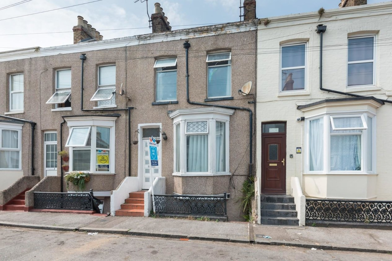 Properties Sold Subject To Contract in Cumberland Road