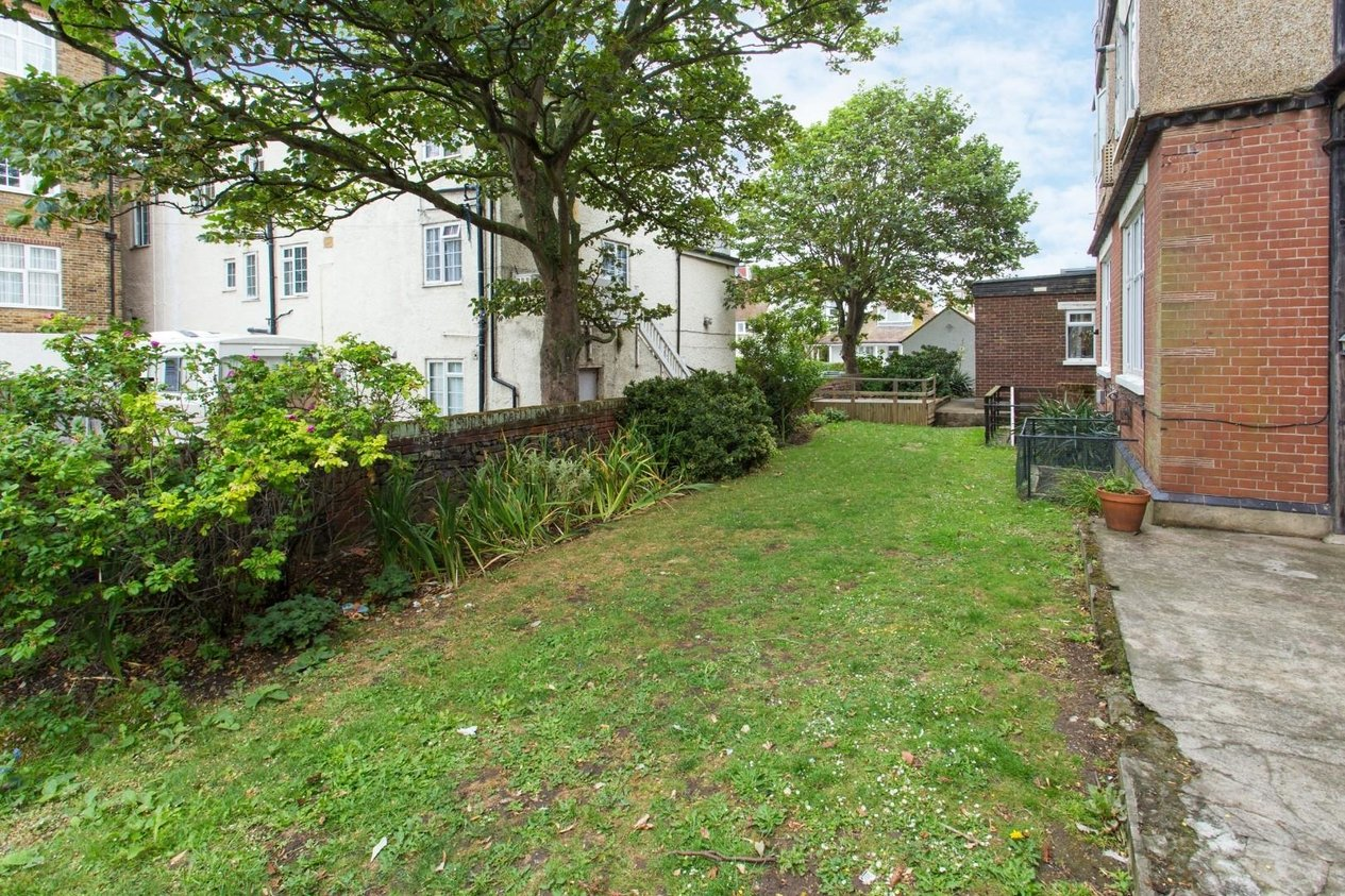 Properties For Sale in Devonia Hall Beresford Gardens
