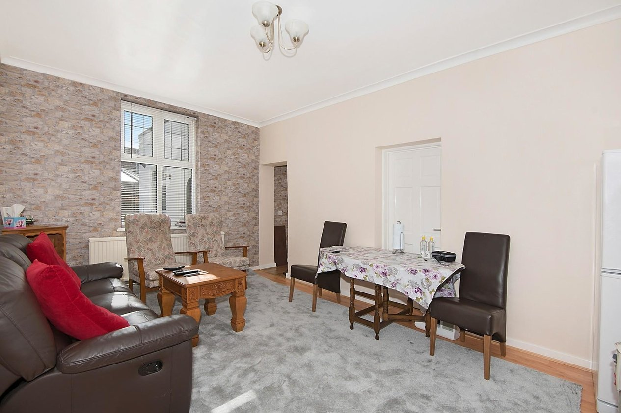 Properties For Sale in Devonshire Gardens Cliftonville