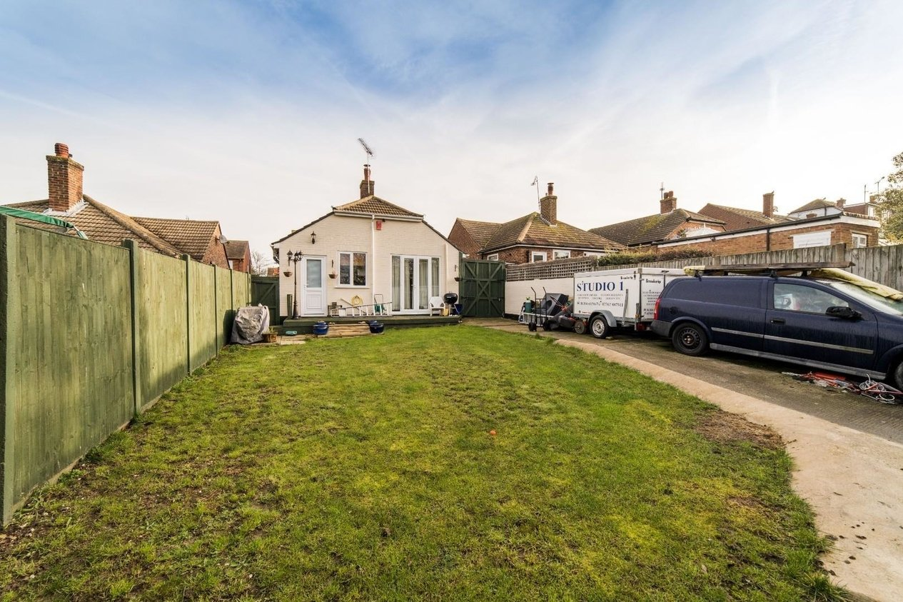 Properties For Sale in Downs Avenue