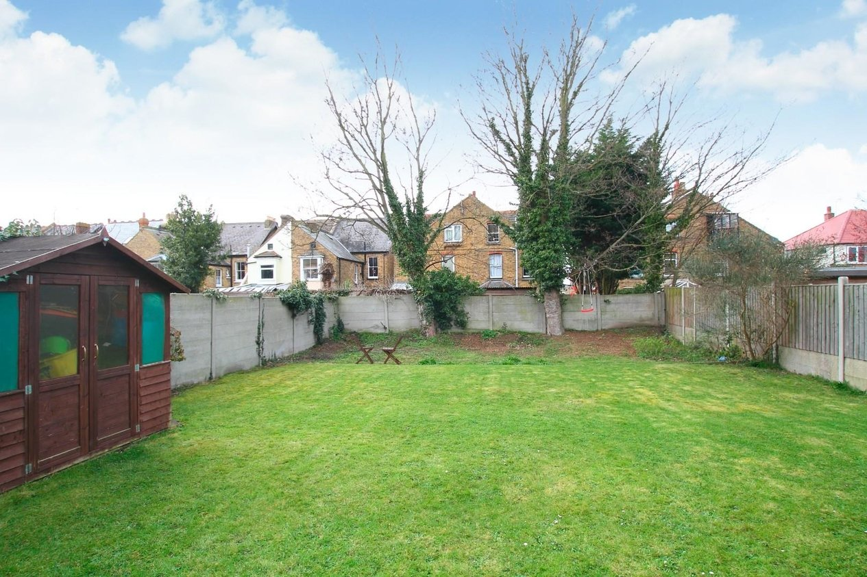 Properties Sold Subject To Contract in Downs Park
