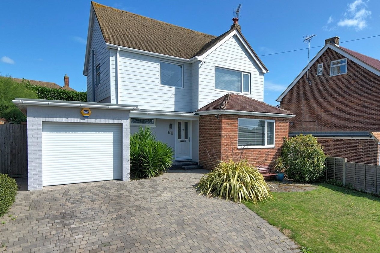 House Detached For Sale In Dumpton Gap Road Broadstairs