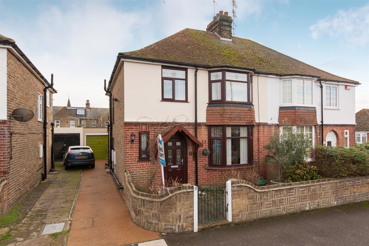 Properties Sold Subject To Contract in Eastfield Road