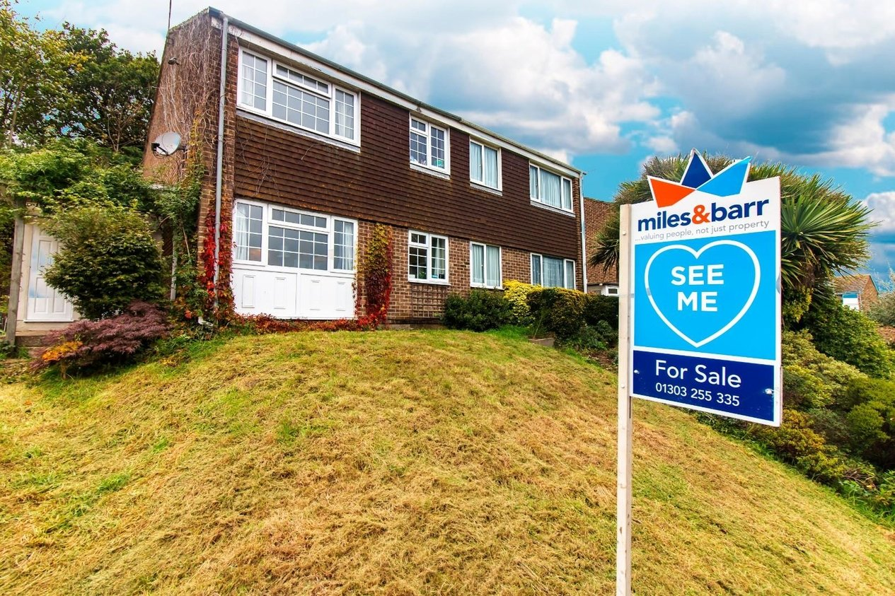 Properties Sold Subject To Contract in Enbrook Valley