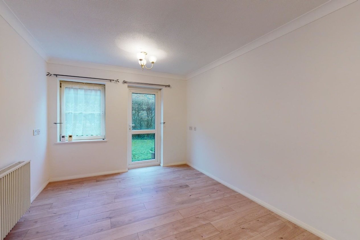 Properties For Sale in Fairfield Road