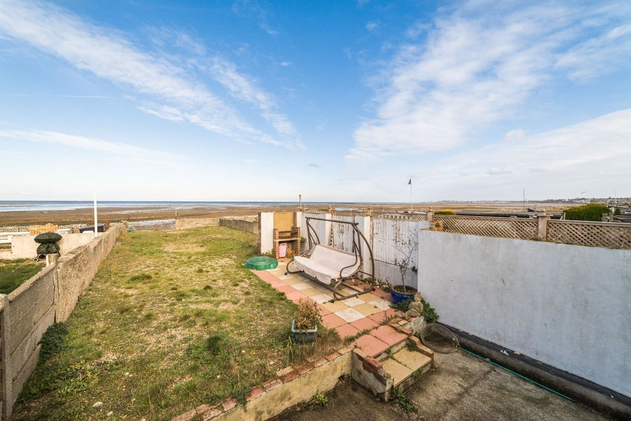 Properties For Sale in Faversham Road Seasalter