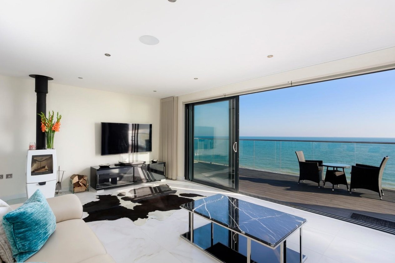 Properties For Sale in Fishermans Beach