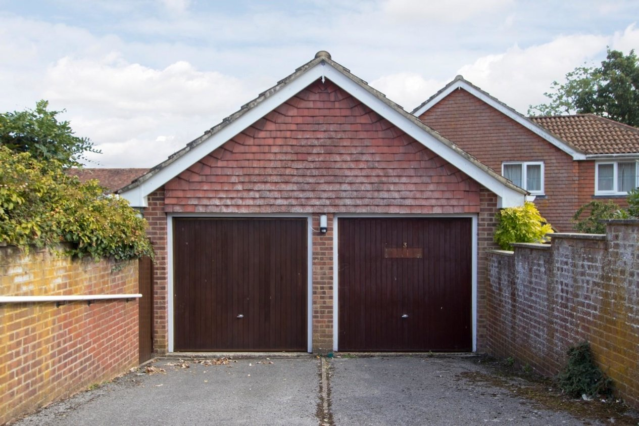 Properties For Sale in Forge Close Eythorne
