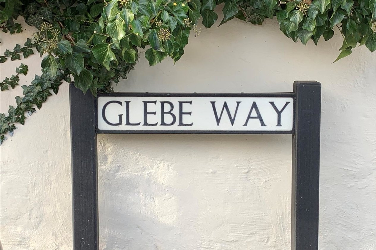 Properties For Sale in Glebe Way