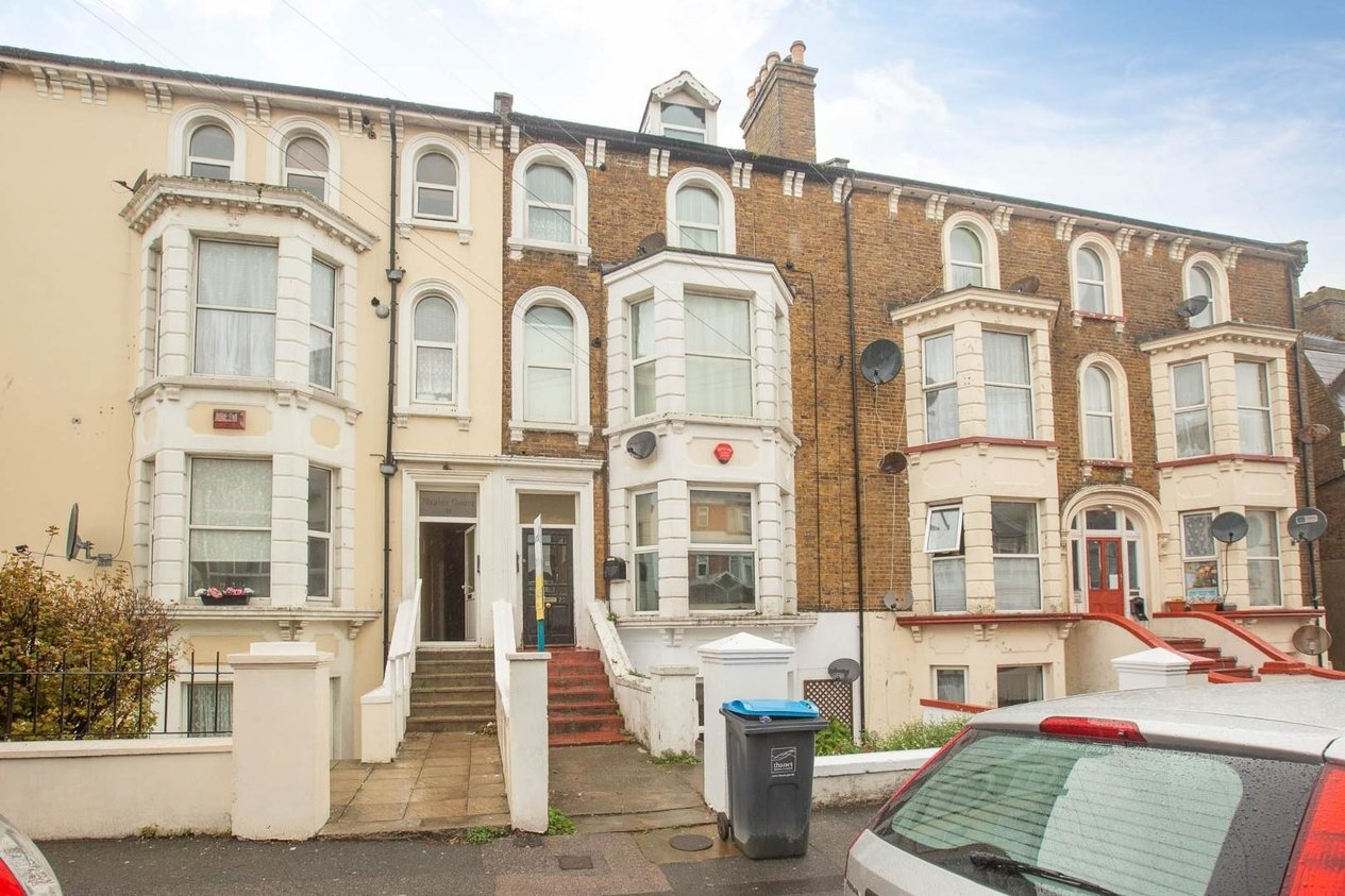 Properties Sold Subject To Contract in Harold Road