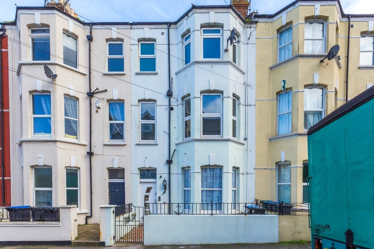 Properties For Sale in Hatfeild Road