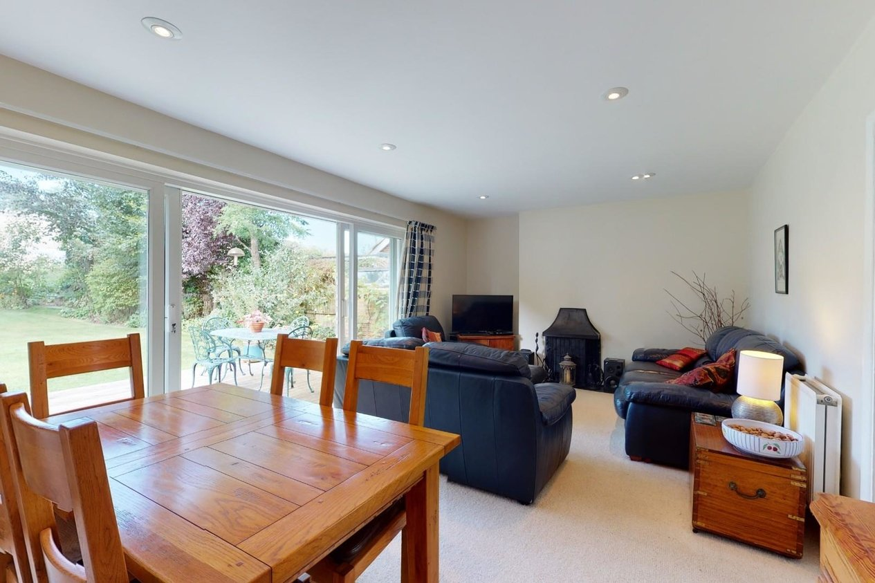 Properties Sold Subject To Contract in Heathfield Way Barham