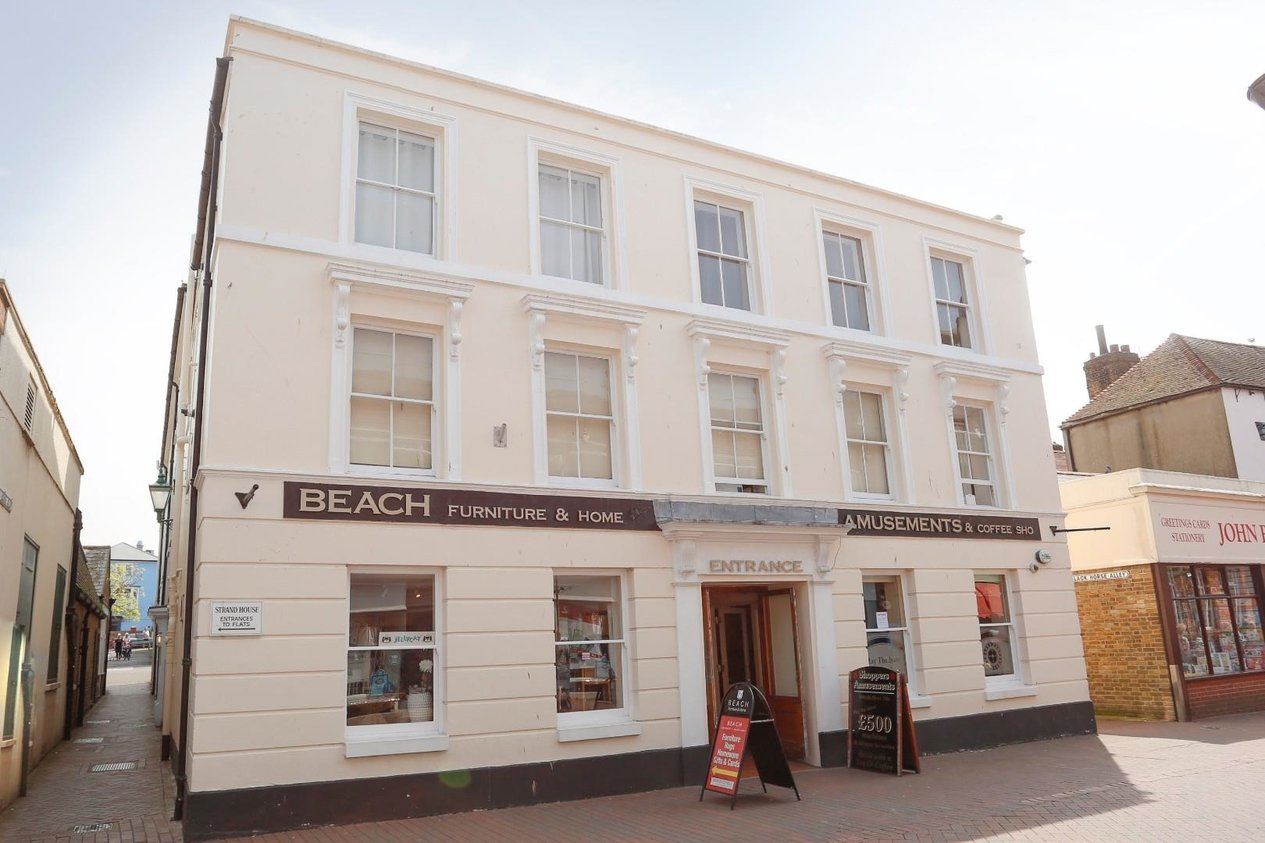 Properties For Sale in 36 High Street