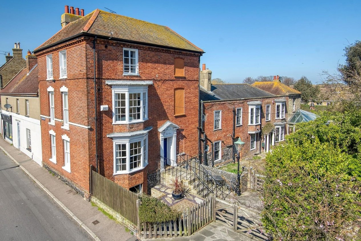 Properties For Sale in High Street St. Peters