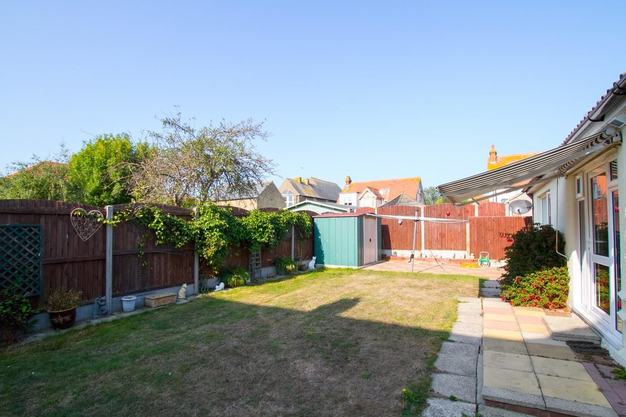 Properties For Sale in Holmscroft Road
