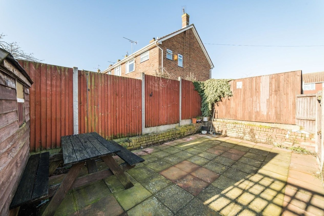 Properties For Sale in Lambs Walk