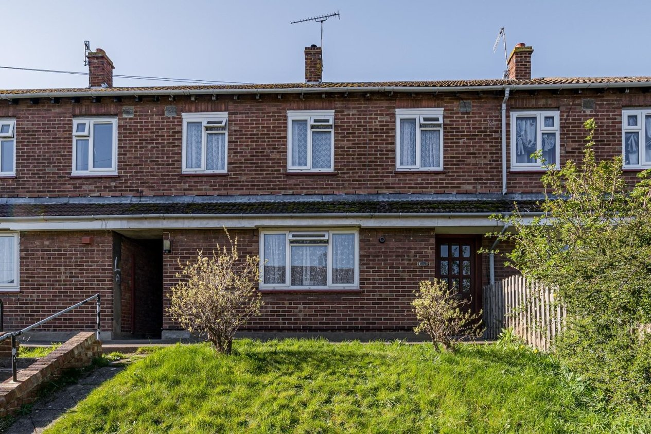 Properties For Sale in Larksfield Road