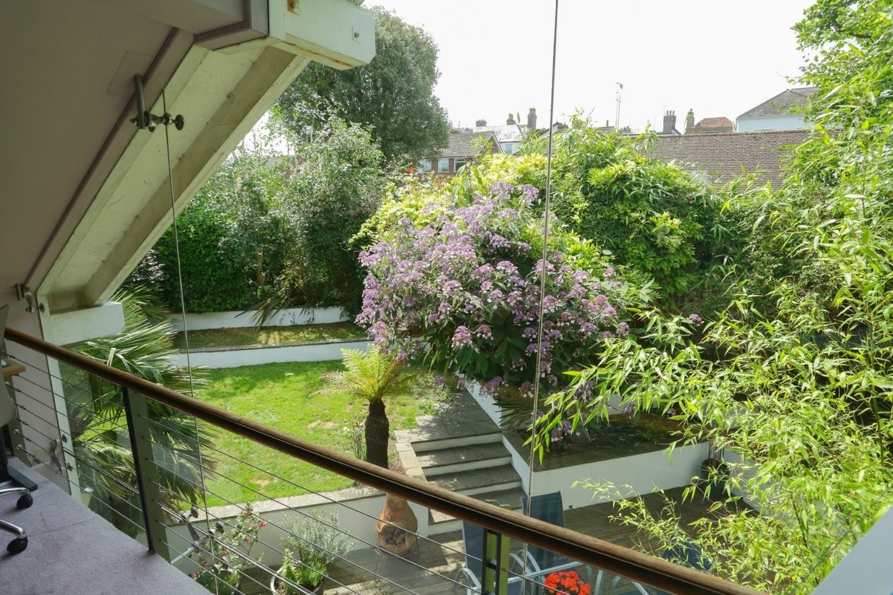 Properties For Sale in Lawn Road Walmer