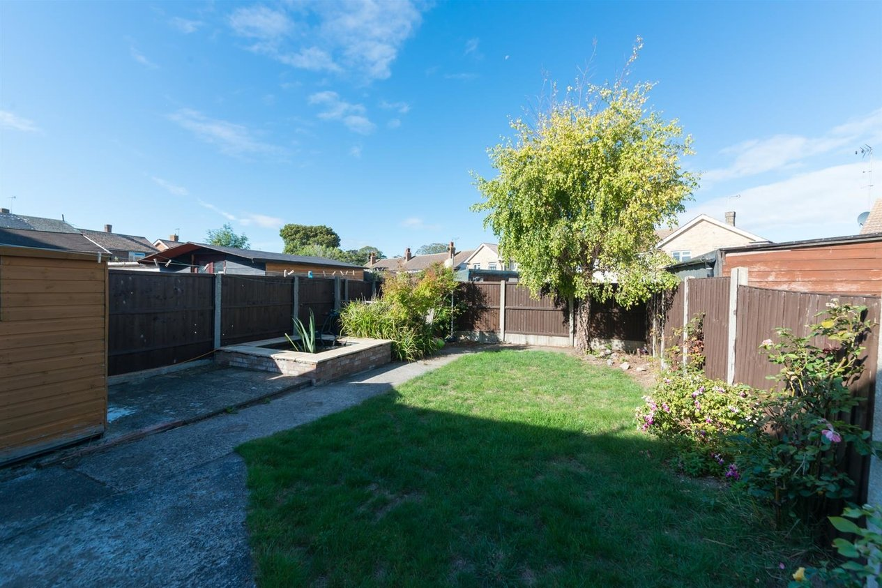 Properties For Sale in Linksfield Road