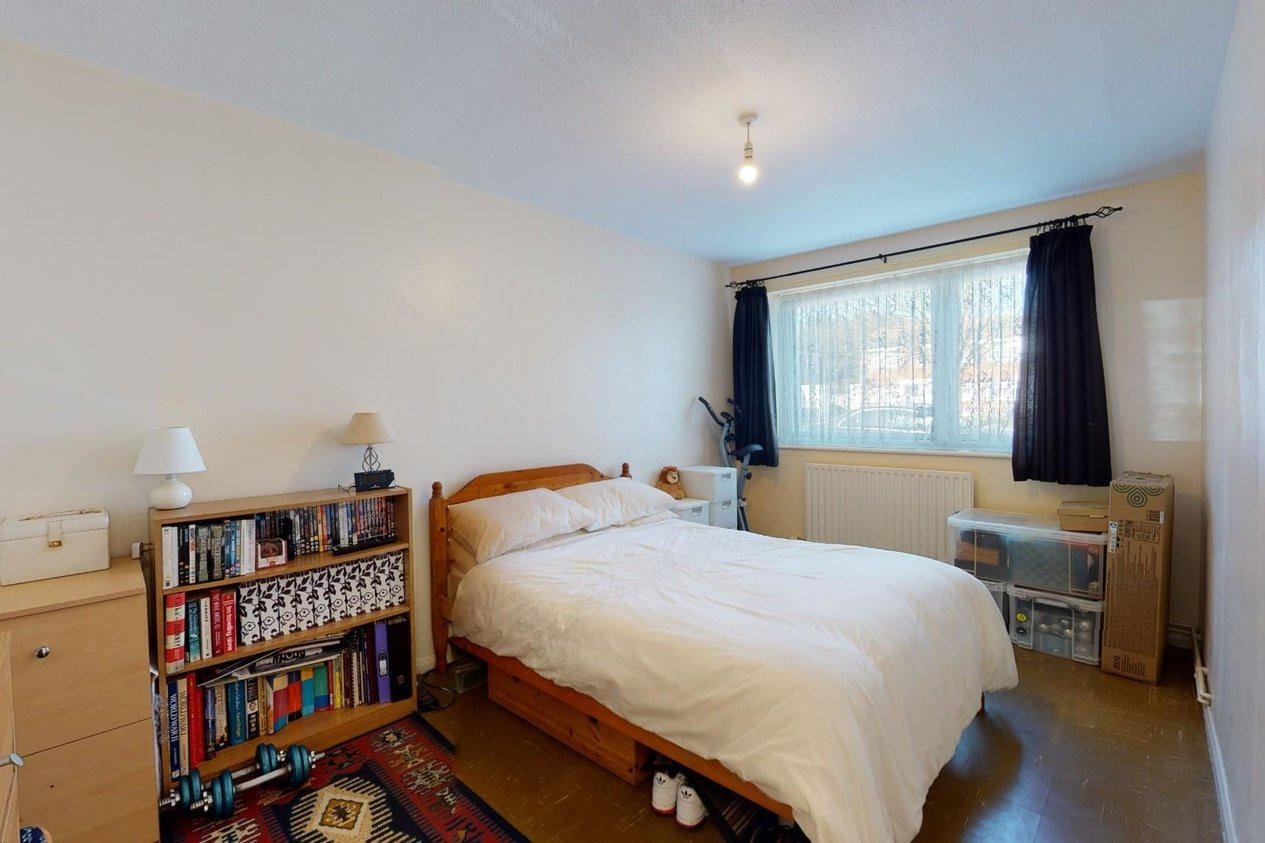 Properties For Sale in Linley Road