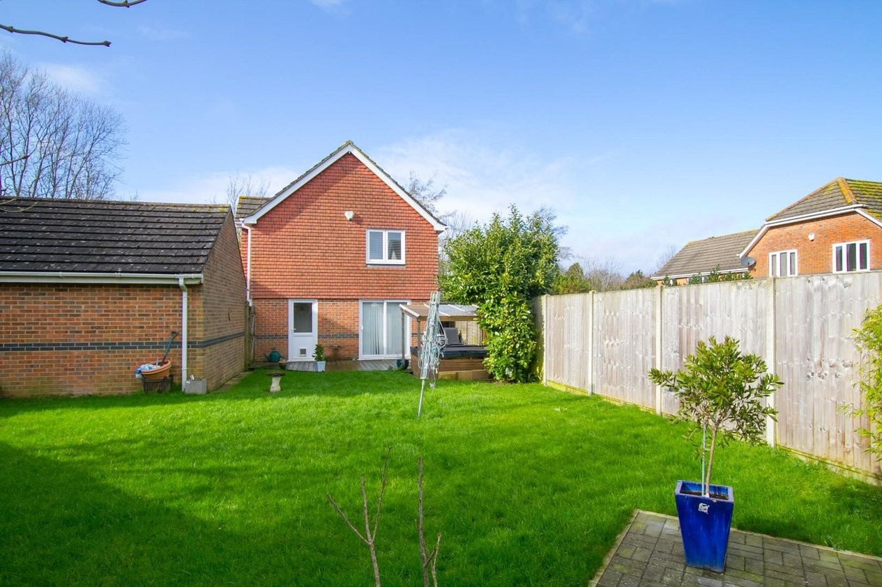 Properties Sold Subject To Contract in Lysander Walk Hawkinge