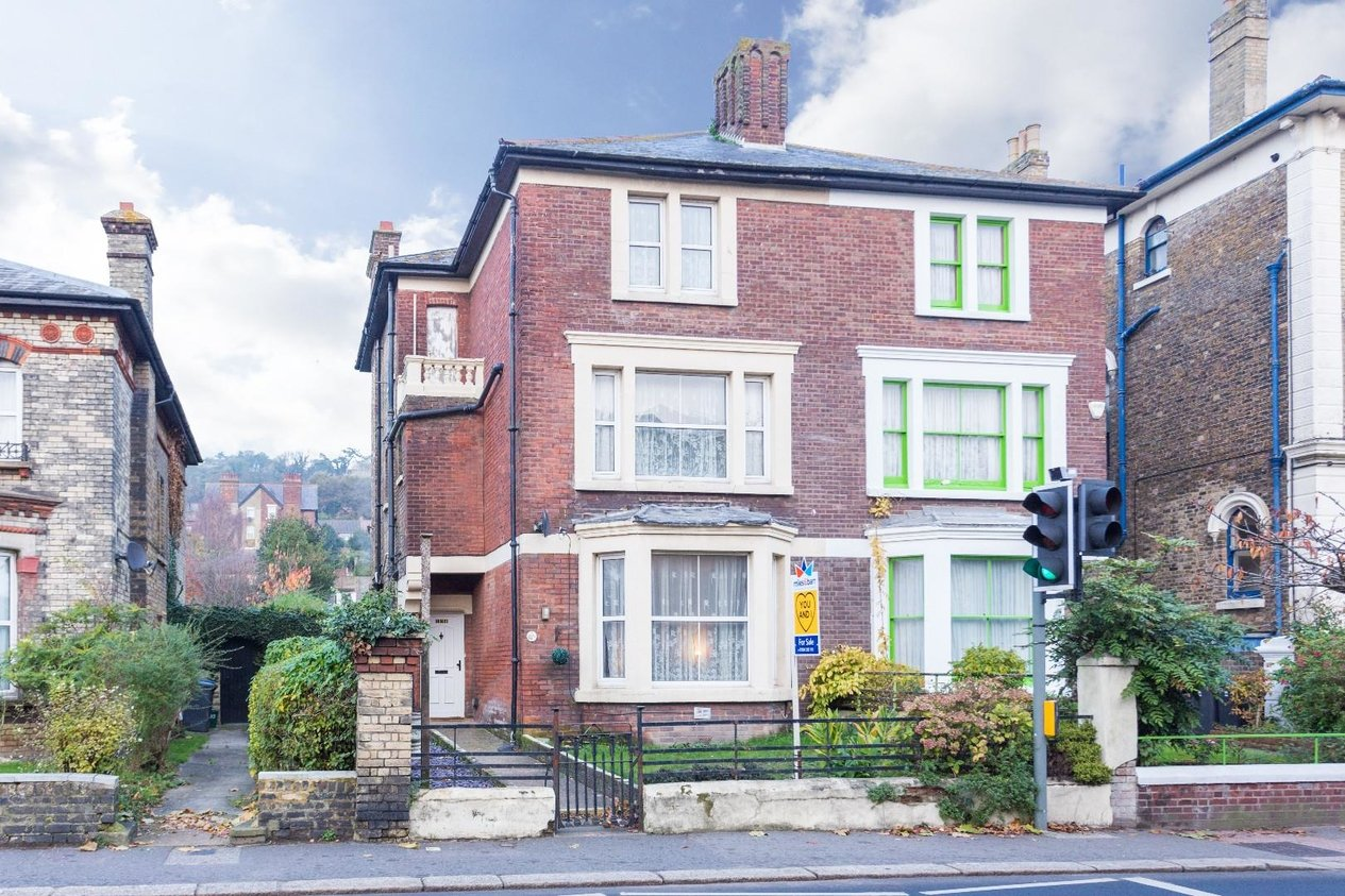 Properties Sold Subject To Contract in Maison Dieu Road