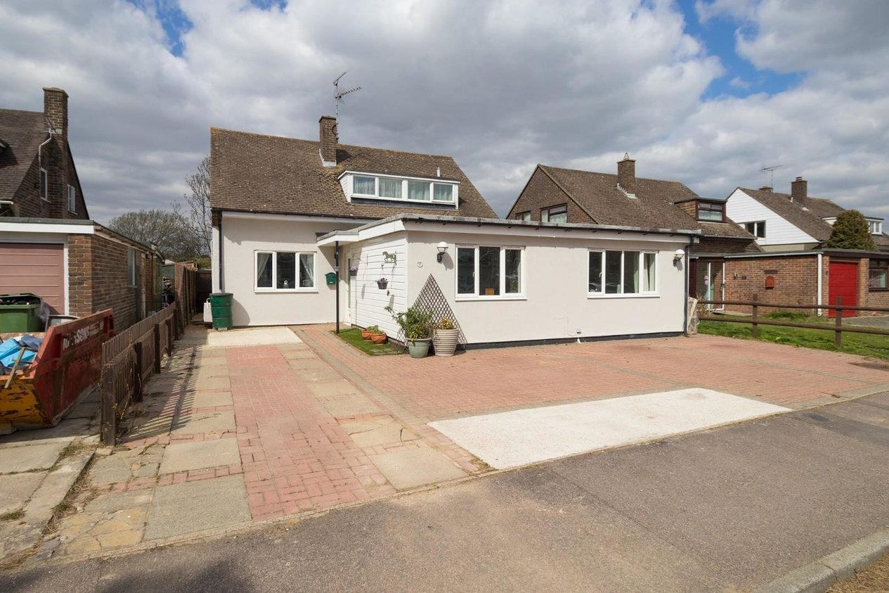 Properties For Sale in Minter Close Densole