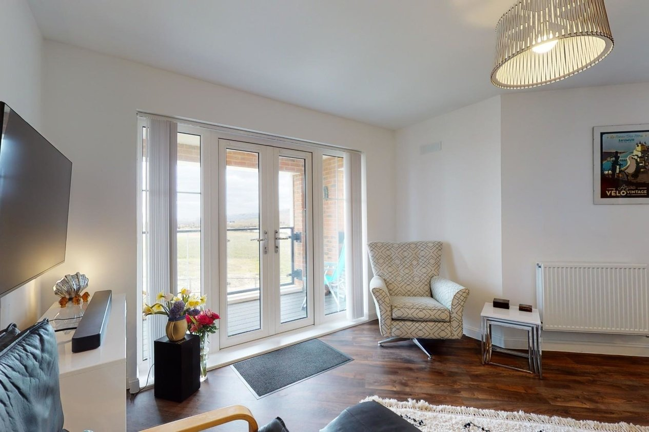Properties For Sale in Penthouse, Roger Norman House Nickolls Road