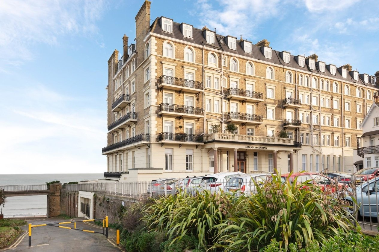 Properties Sold Subject To Contract in Queens Gardens