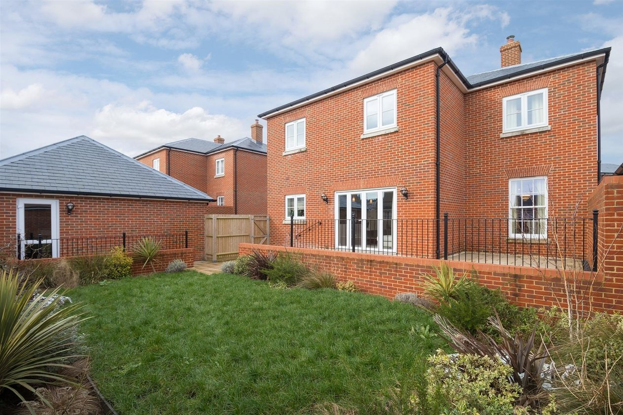 Properties Sold Subject To Contract in Richmond Way Whitfield